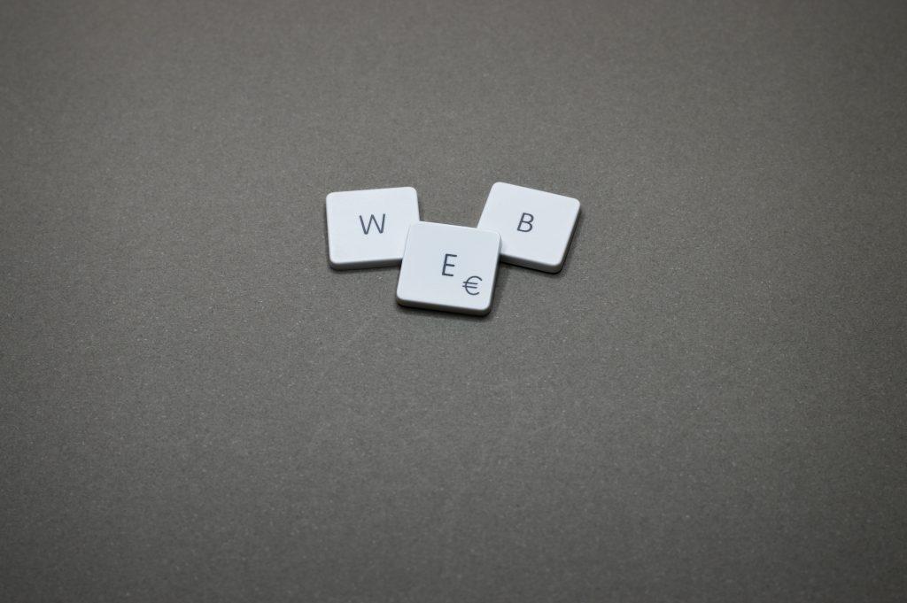 web-text-1591060.jpg